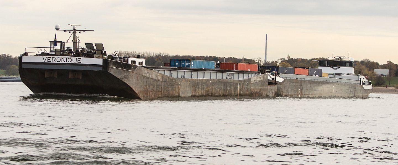 VERONIQUE auf dem Rhein